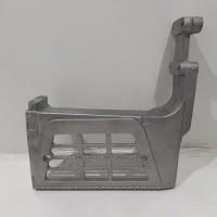 Кронштейн крепления ступени нижней DAF 95XF R