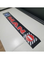 "Брызговик резиновый на задний бампер с надписью ""MAN"" Красного цвета 2400х350мм"