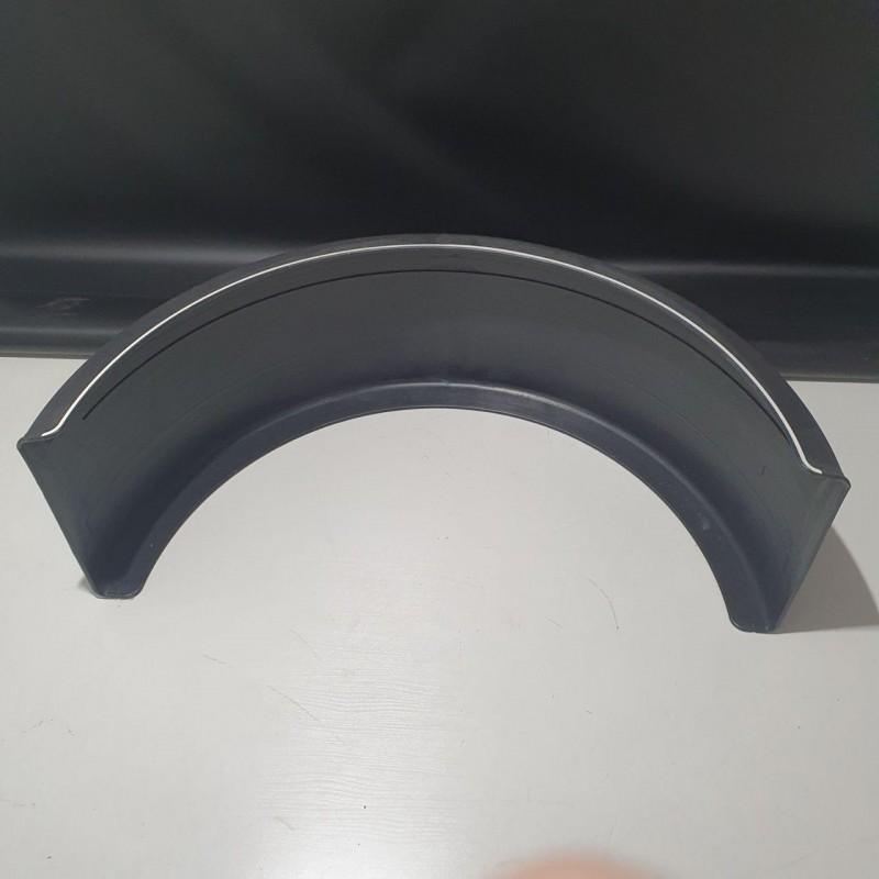 Крыло на прицеп с белой полосой 450*2100мм 1 сорт