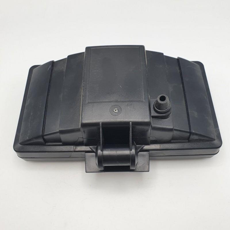 Фара дополнительная дальнего света 12-24V с защитной крышкой
