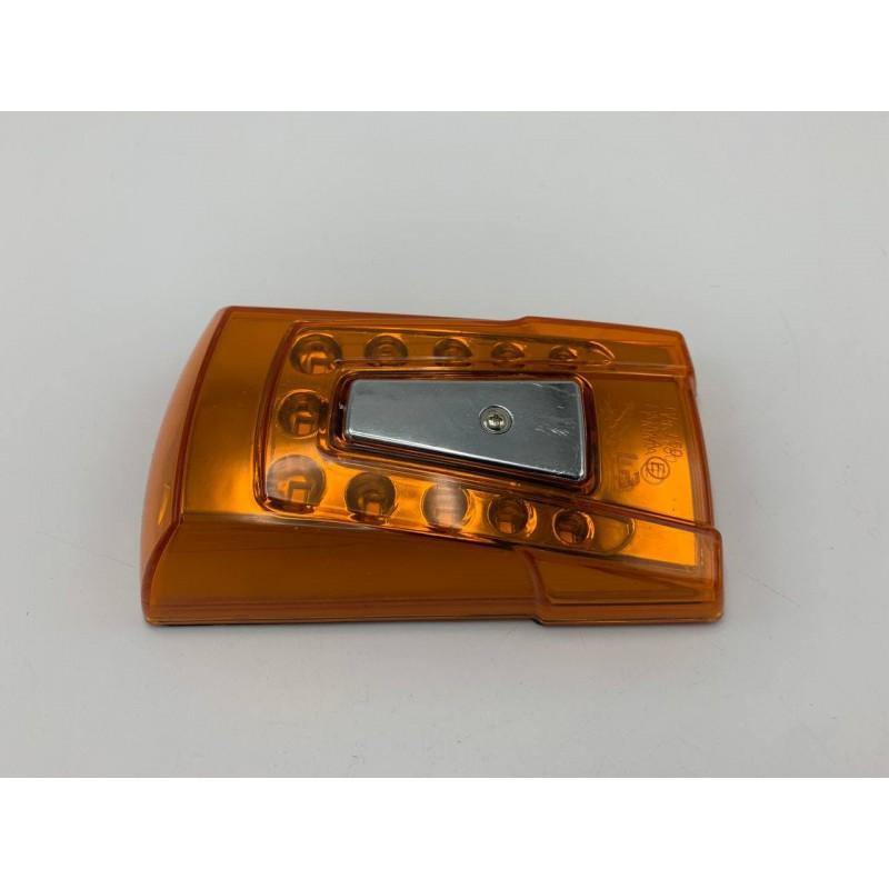 Габаритный фонарь жёлтый 2 стороны 24V LED