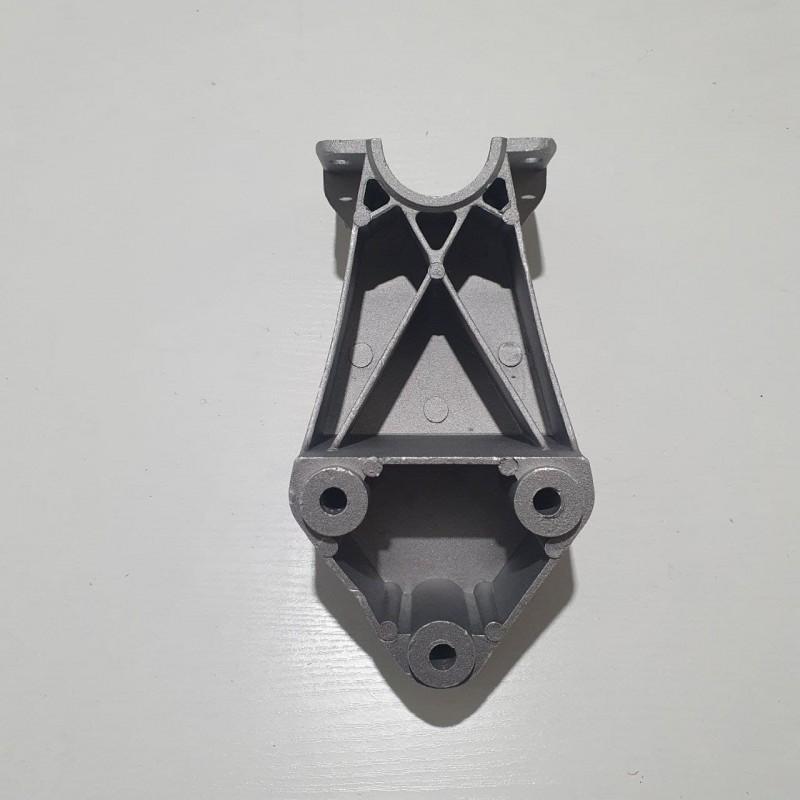 Кронштейн крыла заднего DAF XF E2, E3, E5