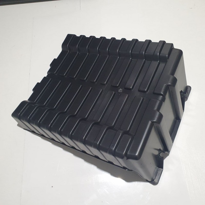 Крышка аккумулятора DAF XF, CF E2, E3