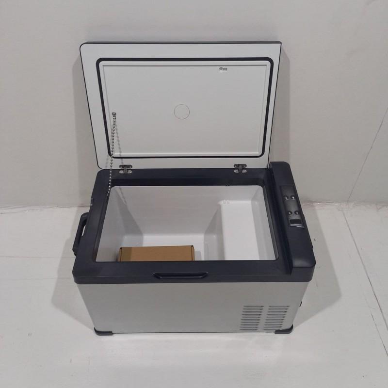 Холодильник автомобильный компрессорный 12-24V 30 л